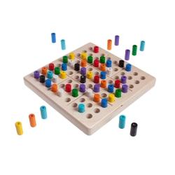 Steffen Spiele 81 - das Magische Quadrat