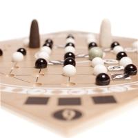 Moeraki-Kemu - ein Taktikspiel für zwei Personen