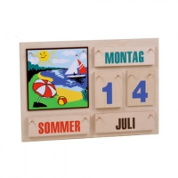 Annual Calendar - colorful font - Wood - 35 x 50 cm