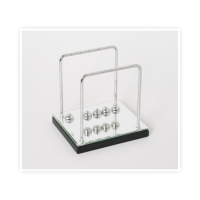 Newtons Cradle with Mirror Base